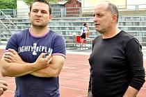 Vladimír Kýhos (vpravo) po boku sportovního manažera HC Tábor Františka Ševčíka.