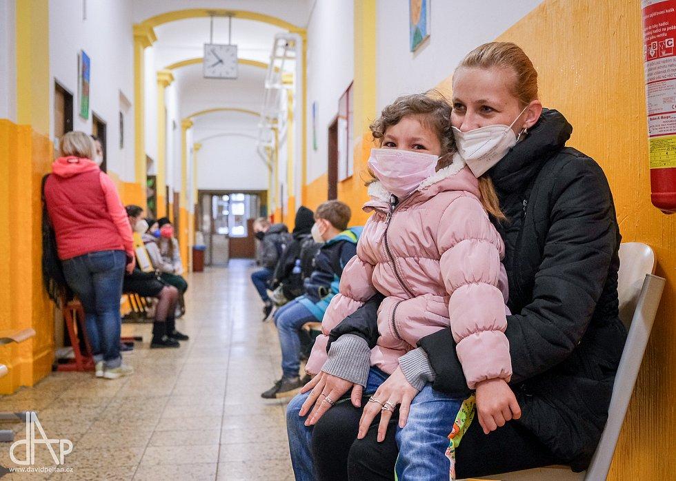 ZŠ Mikuláše z Husi v Táboře se dočkala příchodu dětí.