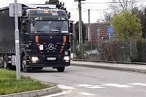 NA DRUŽSTEVNÍ sjíždějí kamiony z obchvatu i D3.