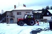 Sníh se v úterý odklízel také v Mladé Vožici na Táborsku.