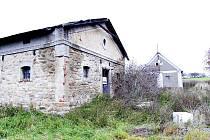 Rozsáhlá usedlost u Vodice sloužila jako ochranný bod pro ovce. V minulosti však byla i nemocnicí.