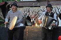 Na festivalu Divadlo v trávě děti pobaví se hrou Pinocchio divadlo Já to jsem.
