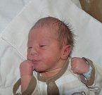 Daniel Šťastný z Tábora. Narodil se jako druhý syn rodičů Terezy a Jiřího 8. srpna v 8.26 hodin. Vážil 2800 gramů, měřil 49 cm a bráškovi Filípkovi bude v září pět let.