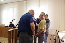 Soud rozplétá případ vraždy, ke které došlo v srpnu loňského roku v chatové oblasti poblíž Tábora.