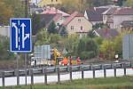Přestavba čtvrtého koridoru z Prahy do jižních Čech jde do finále. V Soběslavi zástupci SŽDC oficiálně zahájili modernizaci předposledního úseku mezi Soběslaví a Doubím u Tábora.