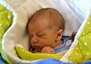 Vít Hejný ze Soběslavi. Narodil se 29. října v 5.34 hodin jako druhý syn v rodině. Vážil 2990 gramů, měřil 48 cm a doma má dvouletého brášku Petra.
