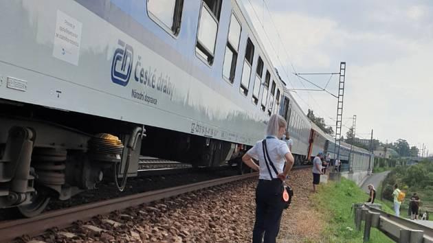 V sobotu 24. srpna zdržela 400 pasažérů rychlíku nehoda u Sezimova Ústí.