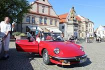 Tradiční závod vozů vyrobených v letech 1950 až 1987 startuje v sobotu 27. dubna.