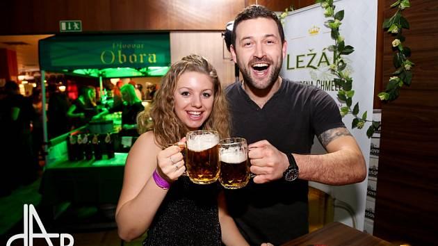 V Táboře v sobotu večer skončil čtyřdenní pivní maraton.
