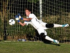 Adam Zadražil chytil ve finále za řekou dvě penalty.