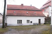 Bývalý panský kupecký dům a vinárna.Čís. nové 20, staré 12, josefinské 12.