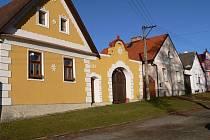 Borotín získal v roce 2008 v rámci soutěže Vesnice roku významné ocenění 900 tisíc korun za zachování historického rázu obce.