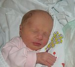 Simona Marešová ze Dvorců. Narodila se 28. dubna tři minuty před devátou hodinou rodičům Ivoně a Jiřímu a je jejich prvorozenou dcerou. Po porodu vážila 2430 gramů a  měřila 46 cm.