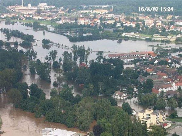 Zaplavená louka Za Slabých ve Veselí nad Lužnicí vroce 2002