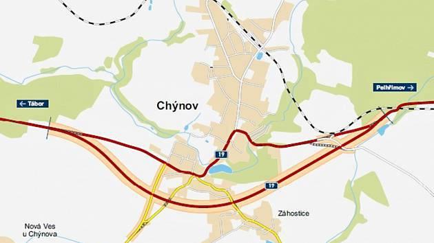 Hustá doprava zužuje centrum Chýnova a hluk trápí místní obyvatele.