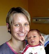 NELA NOVOTNÁ Z PRAHY. Je sestřičkou tříletého Lukáška a na svět přišla 15. února v 17.27 hodin. Její váha byla 3030 g, měřila 45 cm.