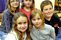 Školáci Jolana, Anna, Barbora, Sára a Míra vyprávěli o vysněném dětském dni.