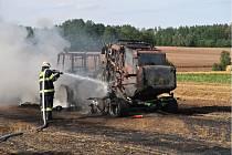 Oheň si vyžádal škody za 2 miliony korun.