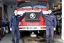 Dobrovolní hasiči z Dobronic u Bechyně.