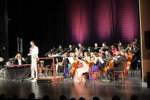 Divadlo Oskara Nedbala slavnostně zahájilo sezónu.