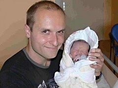 LUCIE SVATOŇOVÁ Z TÁBORA. Své  první dcery se rodiče Petr a Jana dočkali 24. června přesně v 1 hodinu. Po narození vážila 3570 g.