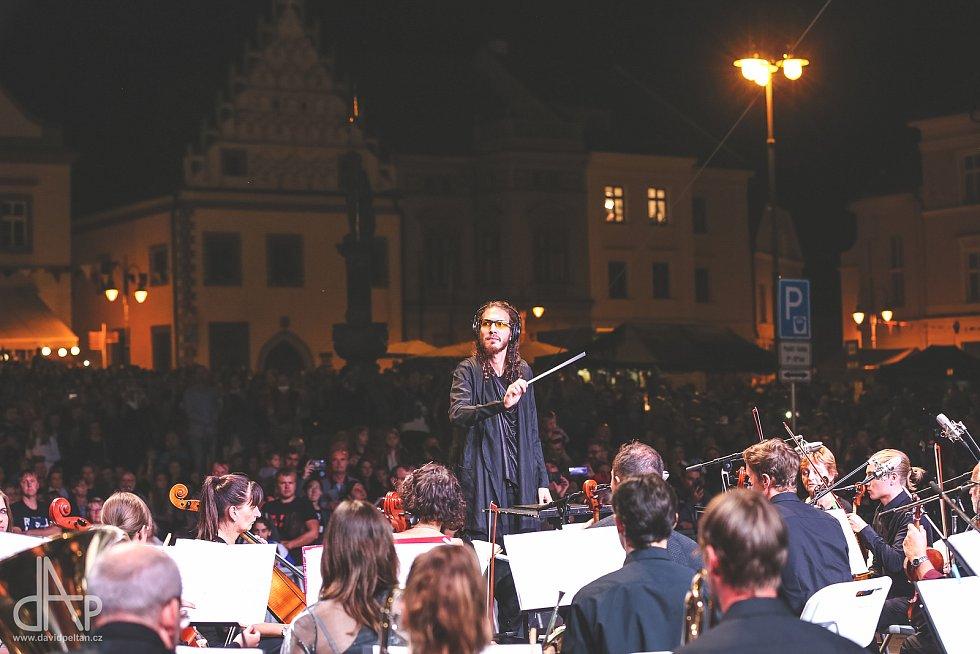 Již po třicáté začal v pátek historický mezinárodní multižánrový festival Táborská setkání.