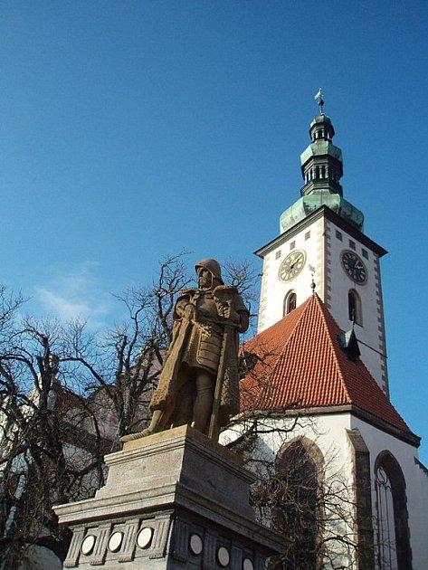 Děkanský kostel na Žižkově náměstí v Táboře