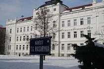 Prostor dnešního náměstí TGM  sloužil v počátku výstavby Nového města především jako park.
