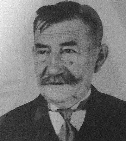 VOJTĚCH SIROVÝ, který se zasloužil ovybudování pomníku padlých vojínů v1. sv. válce na návsi vMezné.