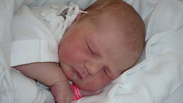 Lucie Malasková, 9. 6. 2009 v 8. 14 hodin, 3 360 g, 51 cm, Chýnov