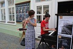 Divadelní íčko zahájilo novou sezonu za doprovodu hudby.