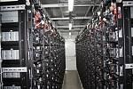 Největší bateriové úložiště v Čechách bylo slavnostně uvedeno do provozu.