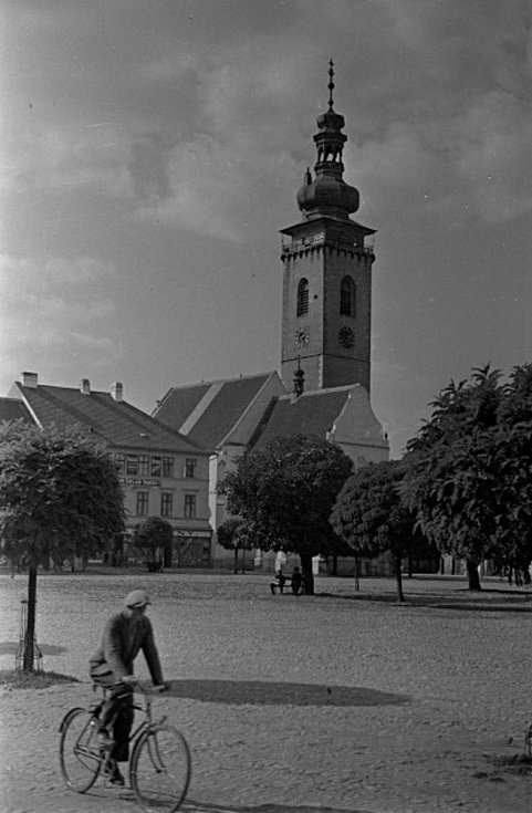 Z historie města Soběslav. Fotografie pochází z táborského atelieru Šechtl a Voseček. Zveřejňujeme je s laskavým svolením Marie Šechtlové.