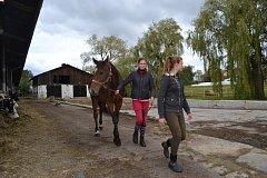 Chov koní patří mezi studenty zemědělky mezi nejoblíbenější činnosti během školní praxe.