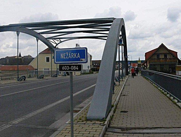 Veselí nad Lužnicí, nový  most přes Nežárku.