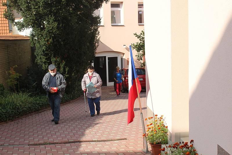 Volby v Mladé Vožici.