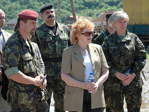 Cílem cesty na Balkán byla návštěva příslušníků 10. kontingentu Armády České republiky.
