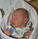 Tobiáš Staněk ze Sezimova Ústí. Přišel na svět 7. listopadu v 1.13 hodin jako druhý syn v rodině. Vážil 3760 gramů, měřil 51 cm  a bráškovi Matýskovi jsou tři roky.