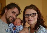 Karel Chmelař z Tábora. Na svět přišel 15. března v 19.13 hodin  jako prvorozený syn rodičů Karla a Terezy. Po narození vážil 3030 gramů a měřil 48 cm.