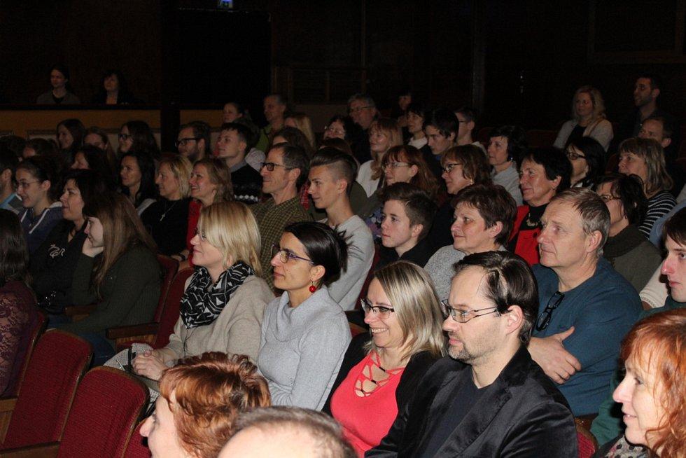 V táborském divadle slavilo Listování 15. výročí.