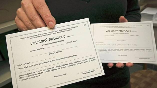 Díky voličskému průkazu máte jistotu, že odvolíte kdekoliv v České republice. V zahraničí pak s průkazem můžete volit na české ambasádě.