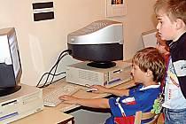 Podle mnohých dospělých patří hry na počítačích mezi nejhorší typy dětské zábavy