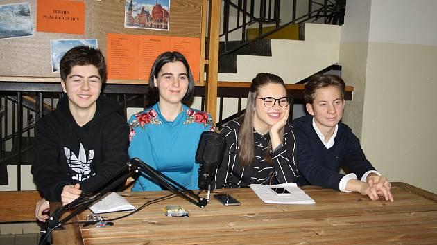 Studenti tachovského gymnázia se zapojili do mezinárodního projektu, v rámci kterého diskutují současná témata.