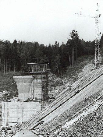 Takto se Lučina stavěla vletech 1970 – 1975