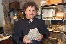 PETR OSVALD ze Stříbra si splnil dětský sen. Ve městě založil první soukromé muzeum minerálů.