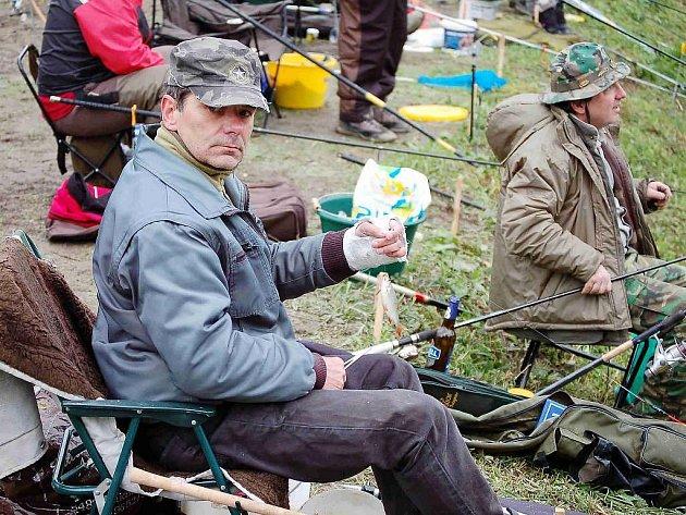 Víkendových rybářských závodů se zúčastnil také Stanislav Smihrodský z Tachova. Nakonec se štěstěna přiklonila k němu a stal se celkovým vítězem
