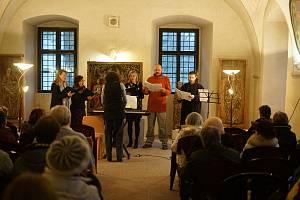 V Muzeu Českého lesa se uskutečnil tříkrálový koncert. Závěrem přišli i tři králové.