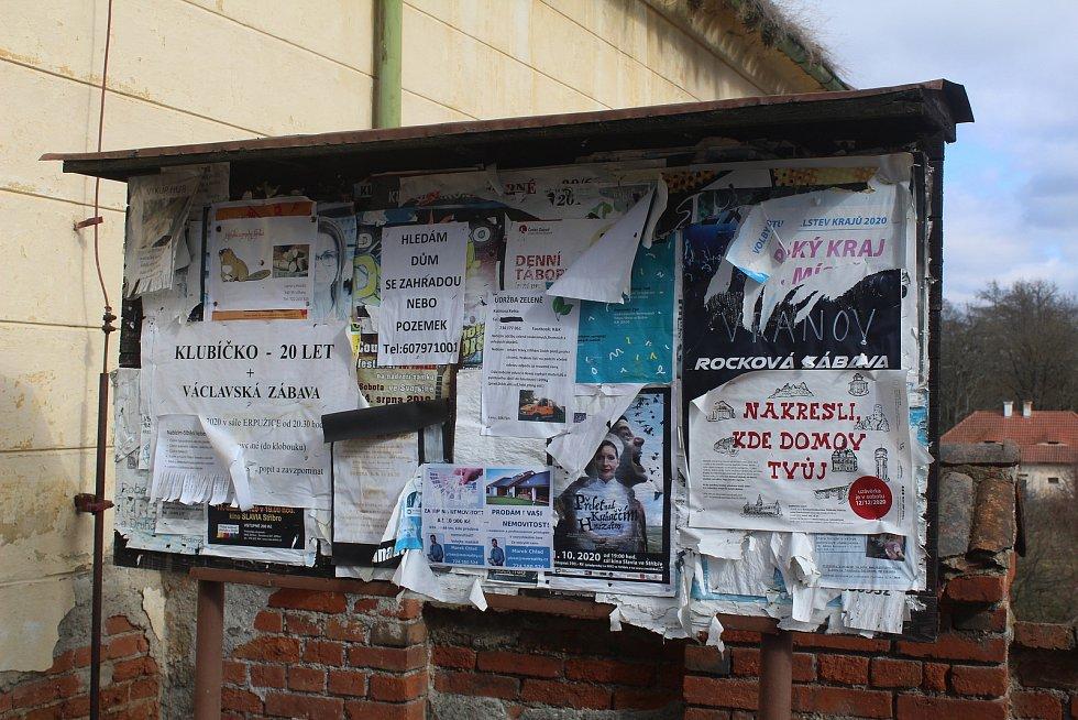 Plakátovací plocha v Trpístech.