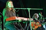 Koncert legendární brněnské skupiny Progres 2 a Oskara Petra s kapelou.