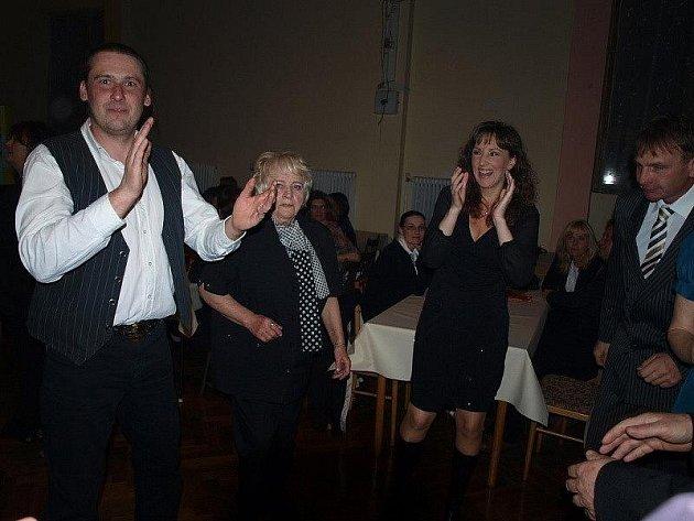 Obecní ples obcí Staré Staré Sedlo a Prostiboř.